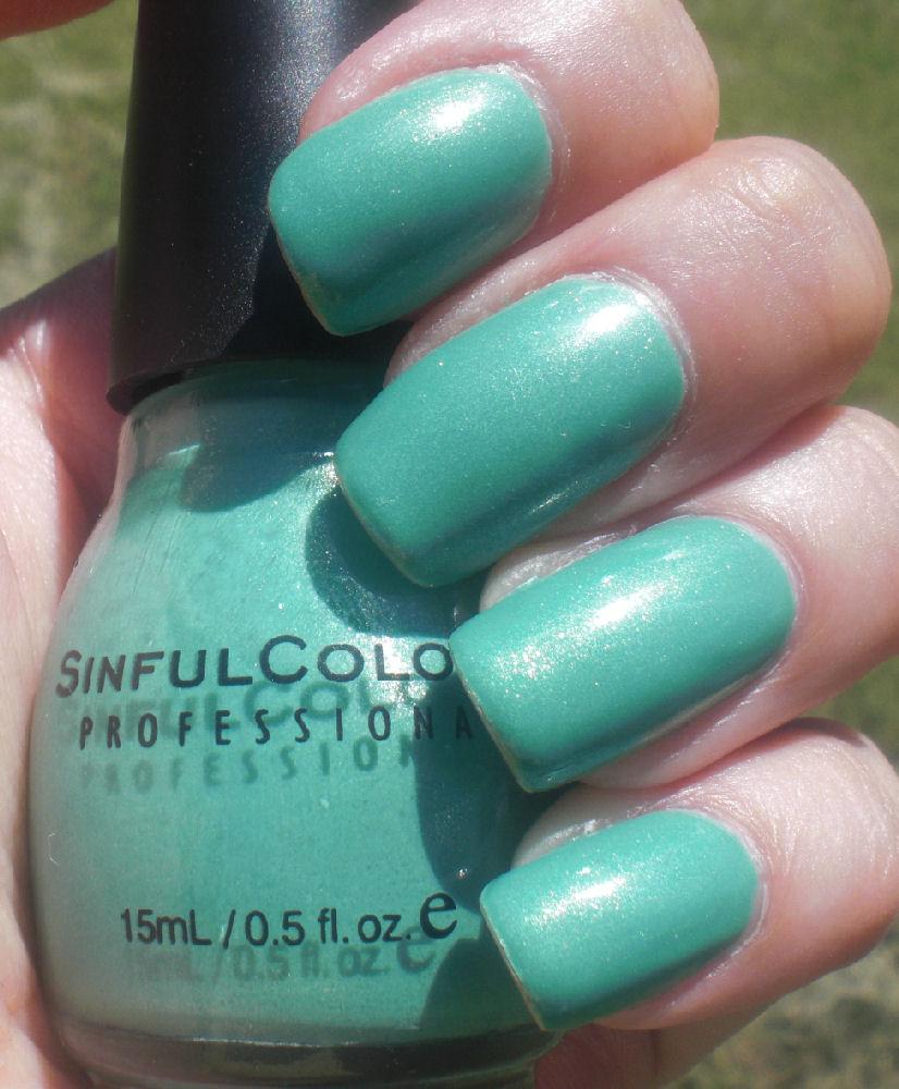 Concrete and Nail Polish: Sinful Mint Apple, Nail Stickers & ManGlaze!