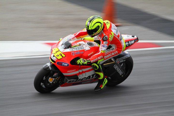 Alami Periode Suram, Valentino Rossi Tegaskan Kesetiaannya kepada Yamaha