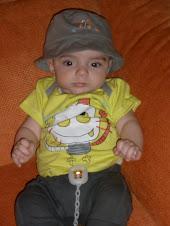 3º mes; Hugo