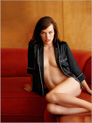 Mila Jovovich in Italian Maxim sexy coverpage