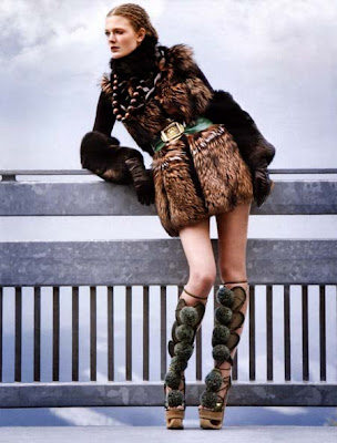 Rianne ten Haken in Vogue Italy November 2009 pics