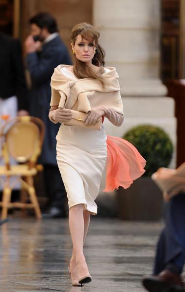 Angelina Jolie Hair-24