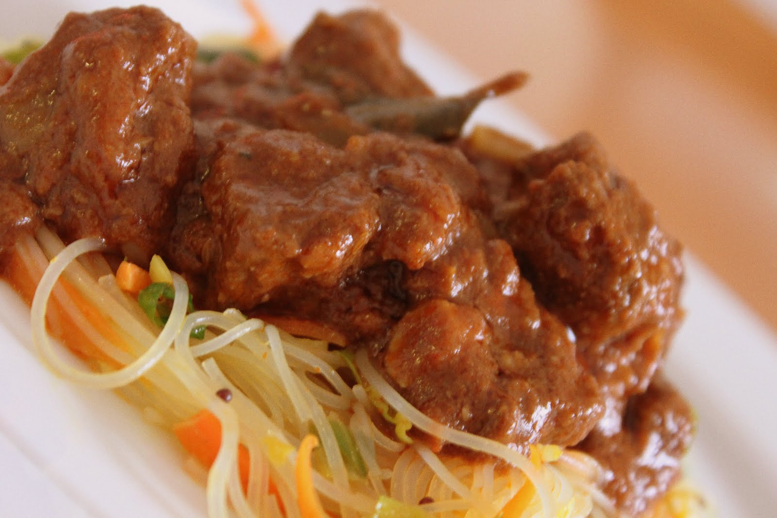 Healthy Gourmet Food,Cooking and Tips: Slow simmered spicy lamb curry