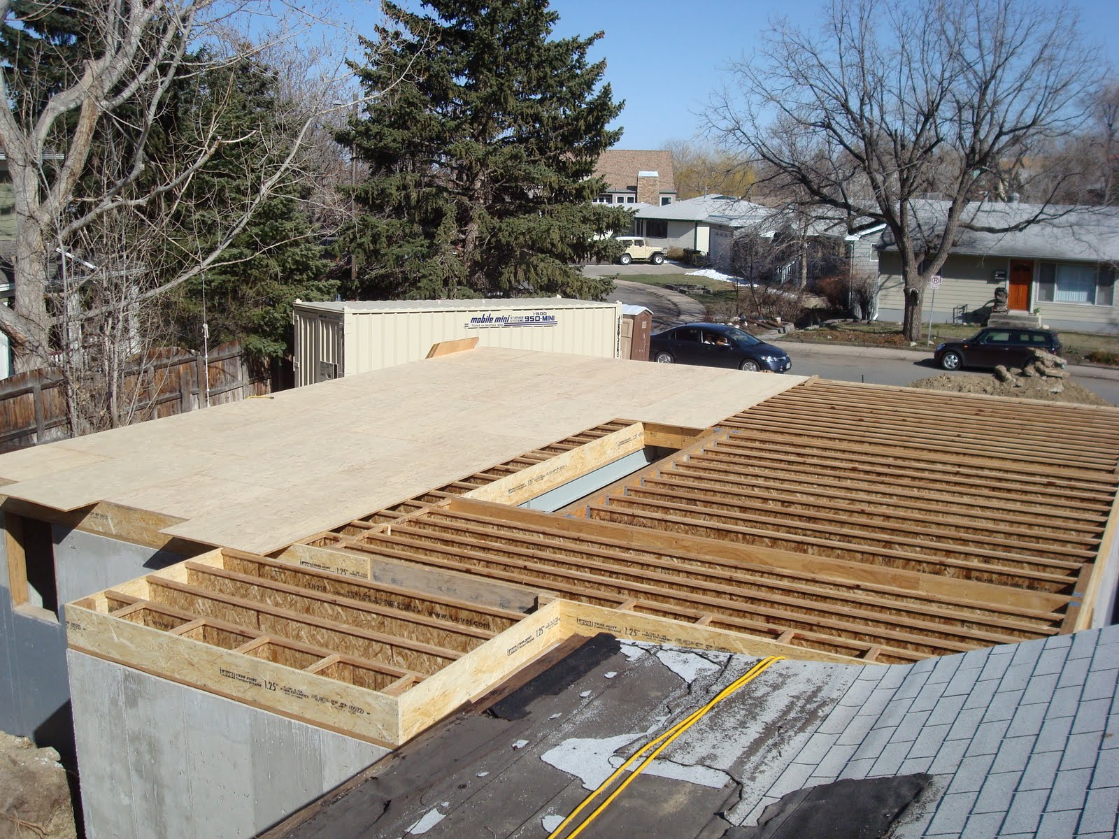 The Burgesses\' New House: Lots going on - floor framing & subfloor ...