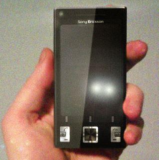 Sony Ericsson P5i similar to nokia N95
