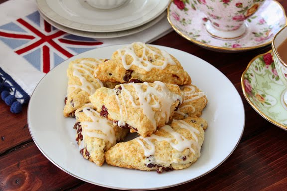 My Kitchen Snippets: Cranberry Orange Glazed Scones