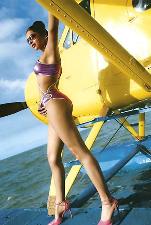 Bollywood Images: Deepika Padukone