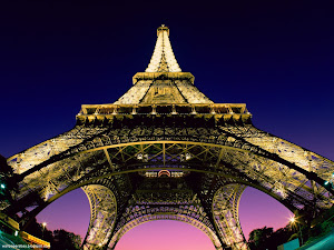 Beneath the Eiffel Tower, Paris, France Images, Picture, Photos, Wallpapers