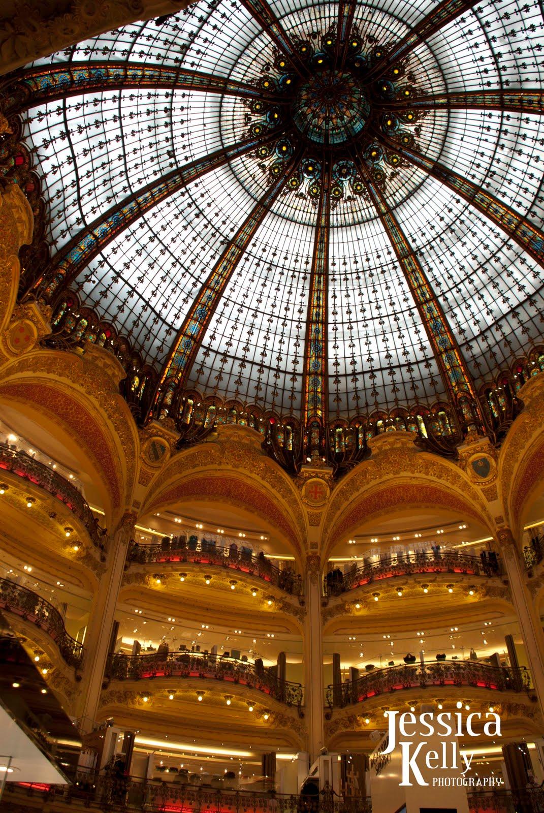 http://2.bp.blogspot.com/_Ch1uPZMSfbc/TCO7KkAyPJI/AAAAAAAAB8s/3p5uDQ5R0MM/s1600/Paris+Trip_808.jpg