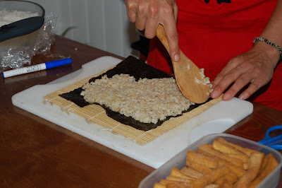 Paso 1: Extender el arroz sobre el nori