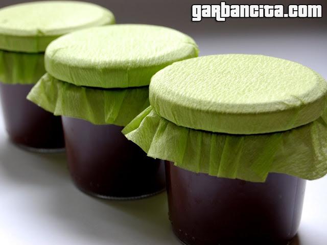 Botes de Mermelada de chocolate y pera