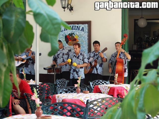 La música está presente a cada momento en Cuba