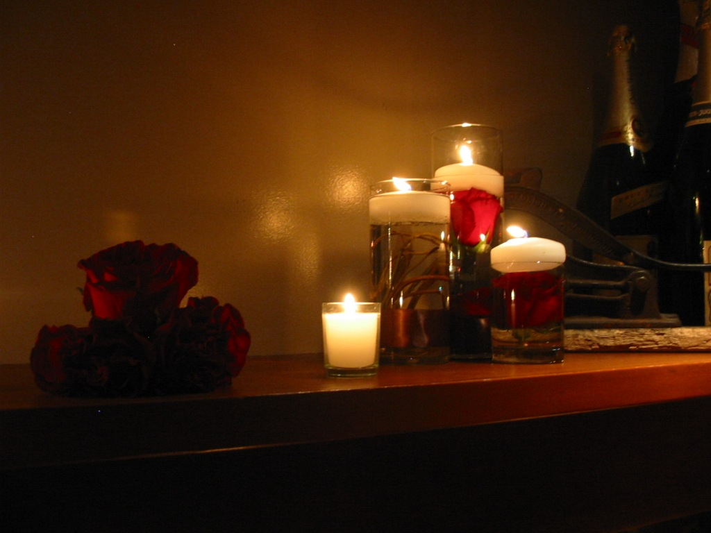 Romantic Candle Light Room - Viewing Gallery