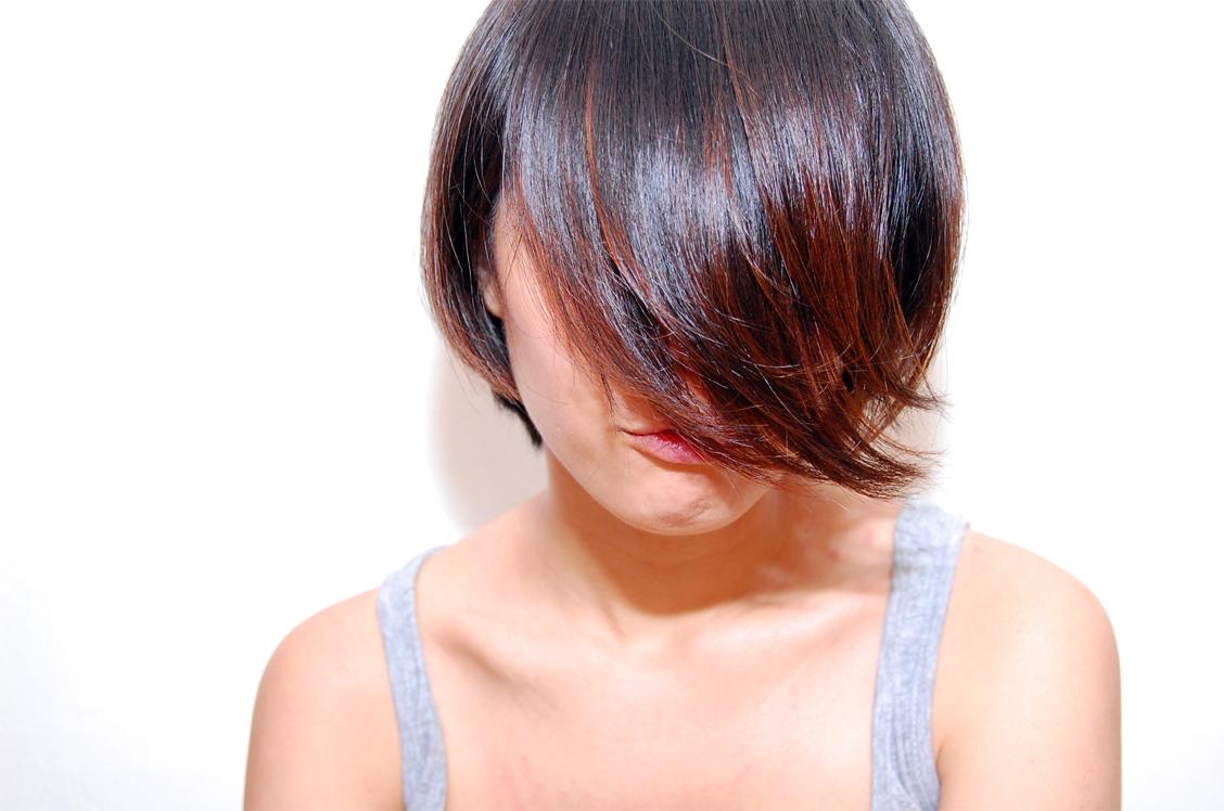 Dark Brown Hair With Natural Red Highlights Comdyed my hair last week!