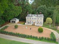 Cockington Green mansion