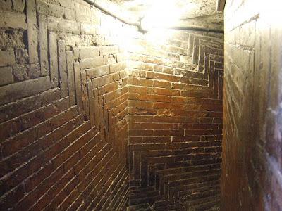 Part of the complex brick pattern designed by Brunelleschi.