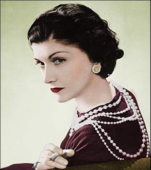 MINI-BIOGRAFIA DE COCO CHANEL