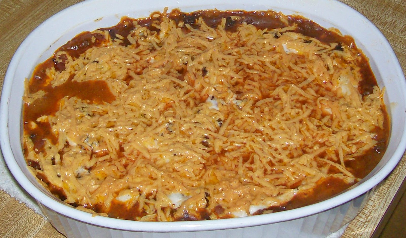 Glo's Kitchen: Bean and Beef Enchilada Casserole