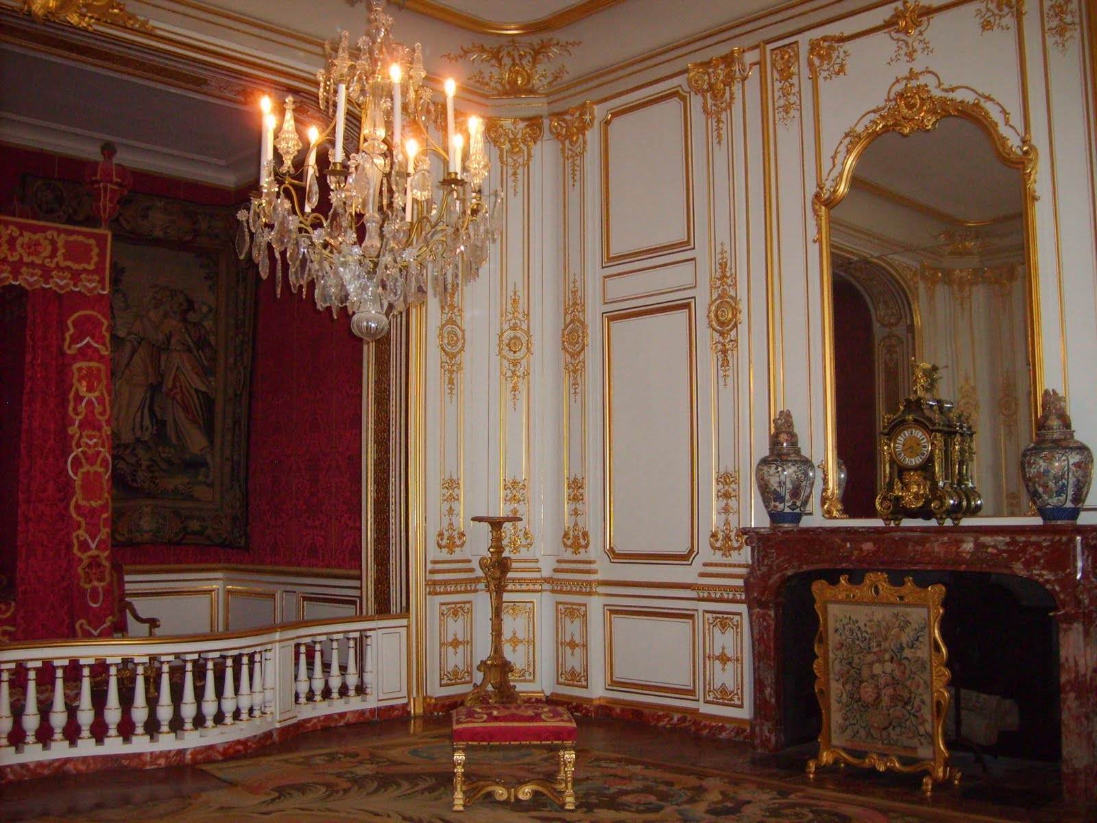 Lit style louis 14 for Chambre louis xiv