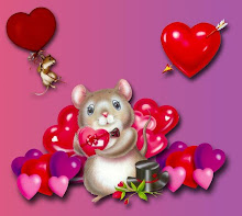 Ratita dando amor