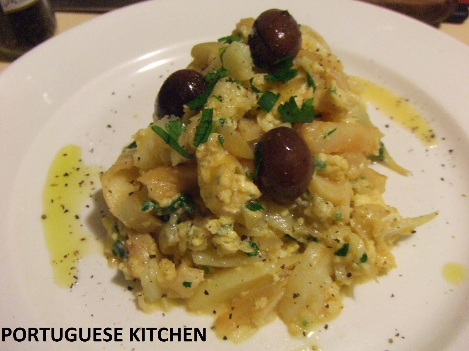 Portuguese Kitchen: Dried Cod Fish with potatoes & eggs - Bacalhau a ...