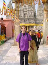la Templul MAHABODHY, din Bodhgaya, India