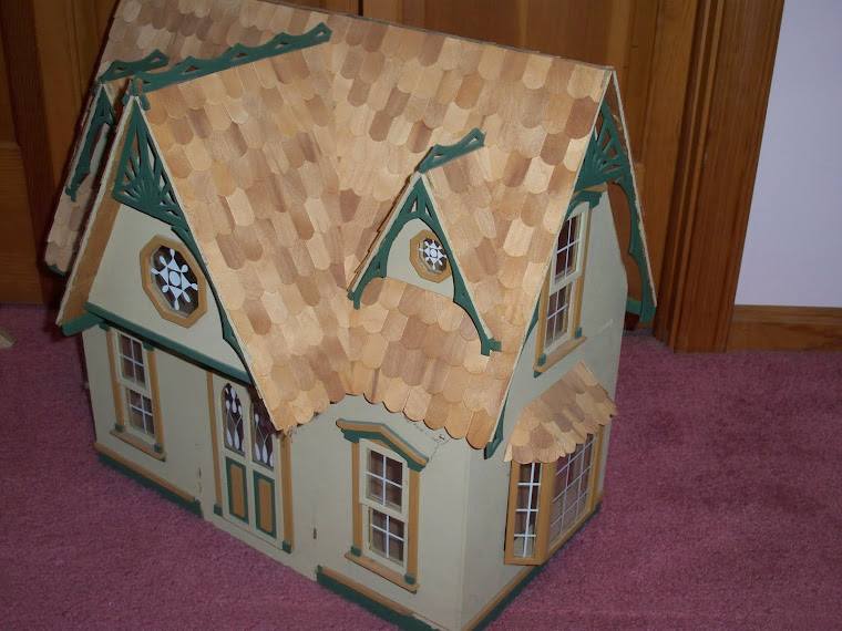 Doll house side view