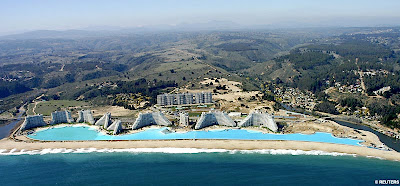 world largest swimming pool
