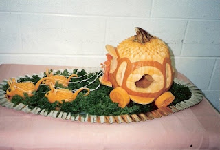 veggie art - food sculpture