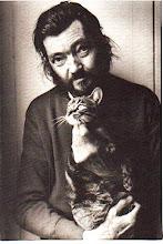 Julio Cortazar y su gato Teodor W. Adorno