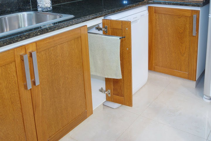 Puertas con Marco de madera de Roble e interior en melamina o