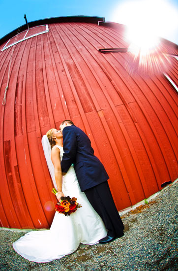 pickering barn wedding pictures, issaquah wedding photographers, seattle photographers