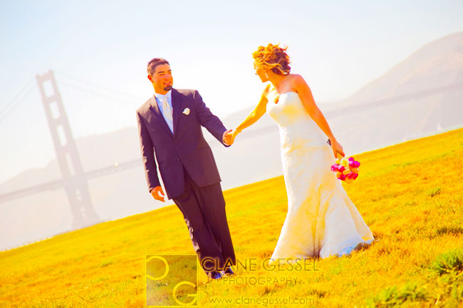 Chrissy fields wedding pictures with the golden gate bridge in the background