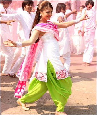 Aishwarya Rai dance at action replay set
