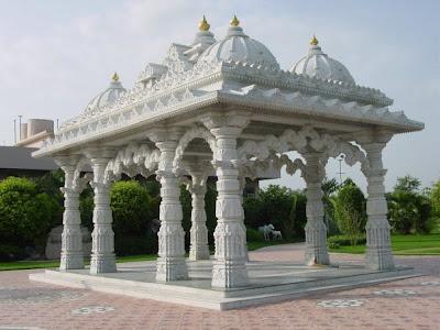 Barsana Dham Hindu Temple founded by Jagadguru Kripaluji Maharaj 5