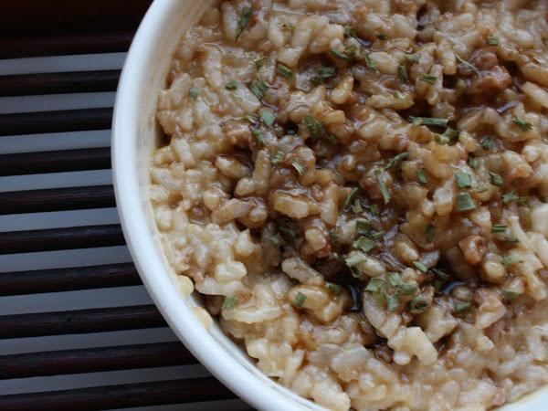 Risotto con salsiccia piccante mantecato all'aceto balsamico