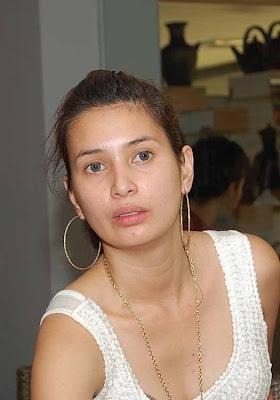 Nadia Al Khalifi