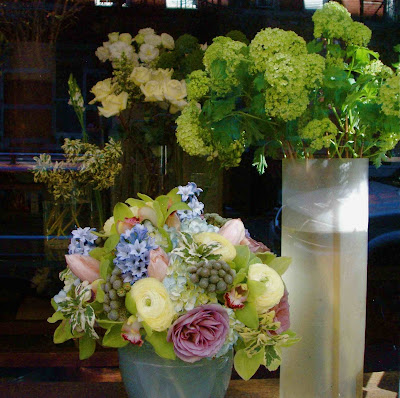 A Flower Called Vsf Very Special Flowers In The West Village Features Window Display Of Beautiful Arrangements Such As Those Shown Above