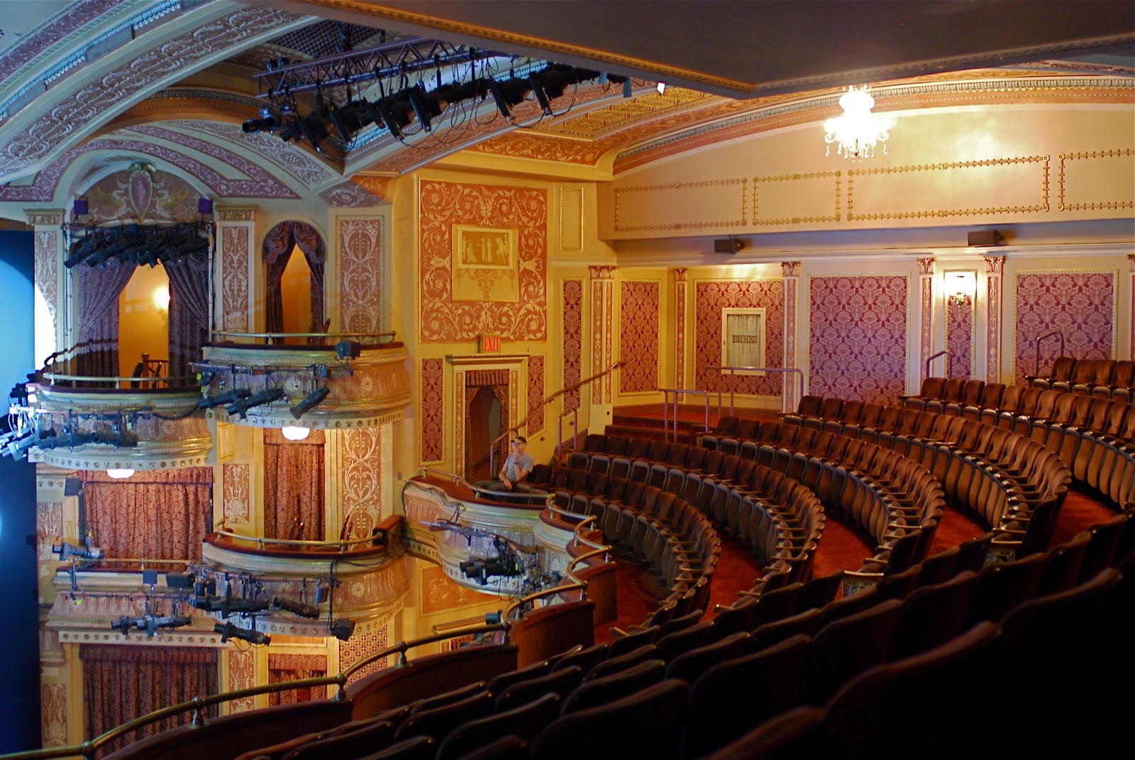 Nyc Nyc Broadway Open House Theatre Tours Winter Garden Mamma Mia And August Wilson