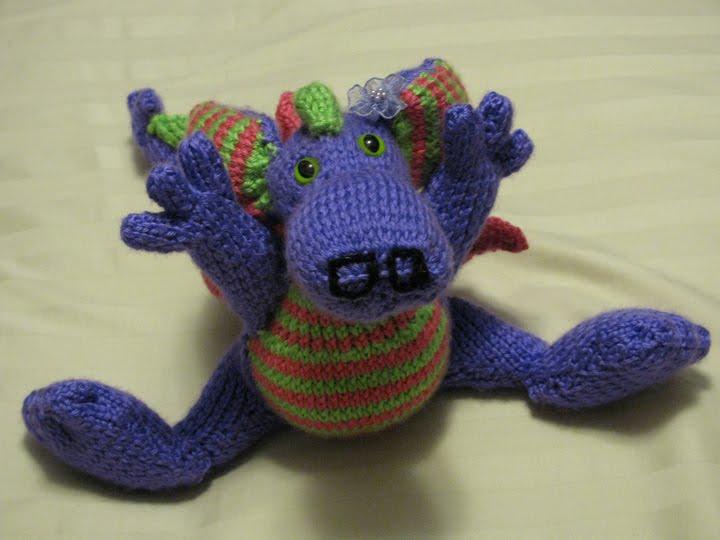 Knit Dragon Pattern Free : Knit Knacks: Girly Dragon
