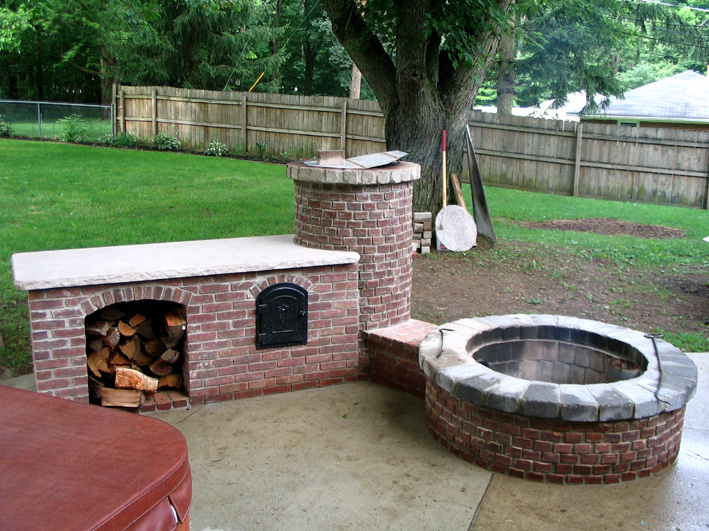 Outdoor Fire Pit Grill and Smoker