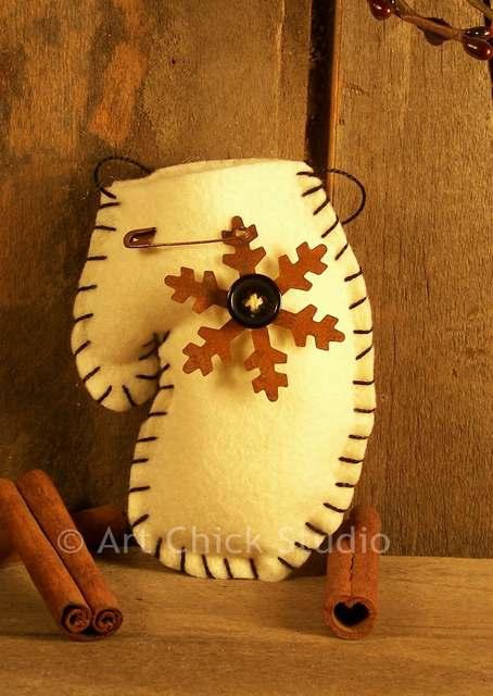 Primitive Snowflake Ornie