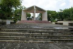 PARQUE  DE  RIO  SAN  JUAN SUCIO Y OSCURO