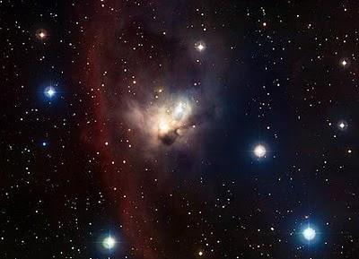 La nebulosa NGC 1788 se encuentra en una zona poco estudiada del 'Cazador'