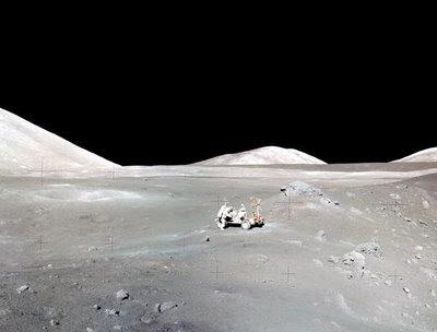 La Luna está cubierta de polvo. Crédito: NASA/Apollo 17