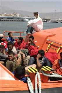 Interceptadas tres pateras con 48 inmigrantes a bordo en aguas de Almería