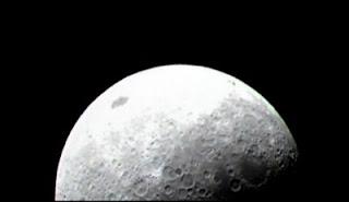 Una de las primeras imágenes de la Luna enviadas por la nave LRO. NASA