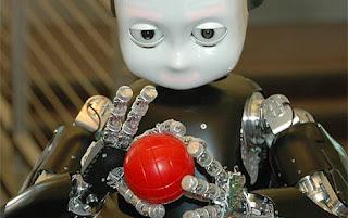 Una imagen de iCub. RobotCub Consortium