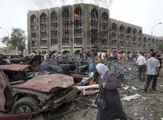 Al menos 132 muertos en las explosiones de dos coches bomba en Bagdad
