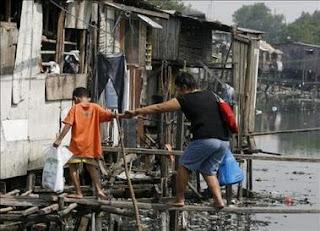 El norte de Filipinas en alerta ante la inminente llegada del tifón Mirinae. EFE